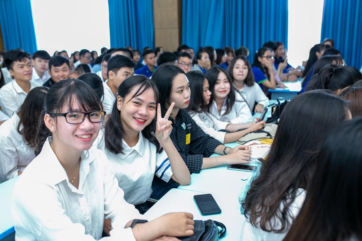 Thời khóa biểu HK1, năm học 2019 – 2020  các khóa 2016, 2017, 2018, 2019 (mới)