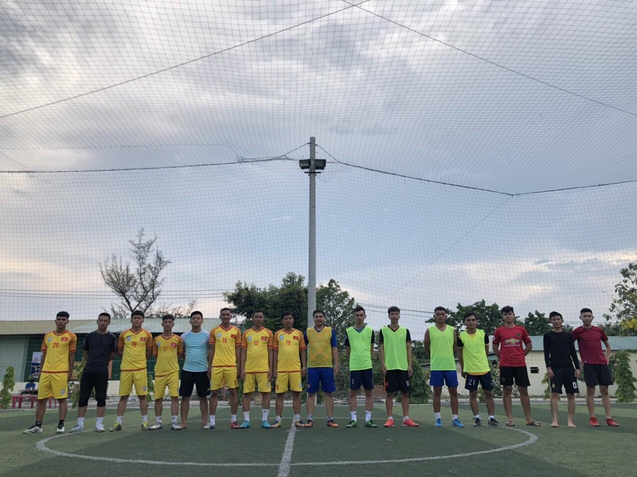 Sinh viên TBD và tuổi trẻ phường Vĩnh Hải: Giao lưu bóng đá rèn luyện, học hỏi