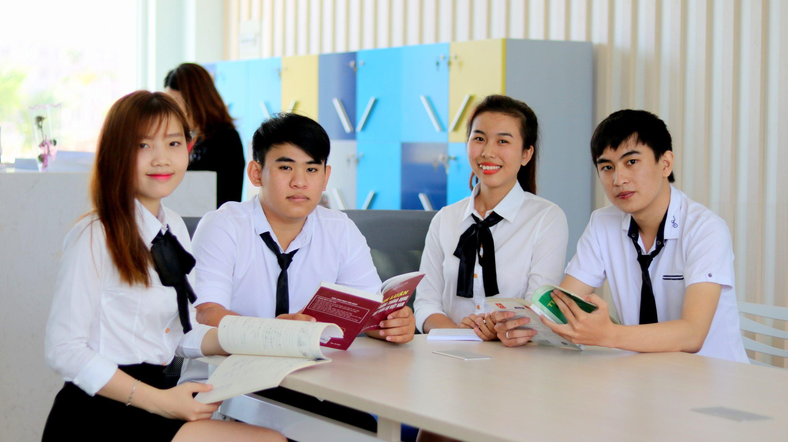 Thông báo chuẩn đầu ra về Ngoại ngữ và Tin học