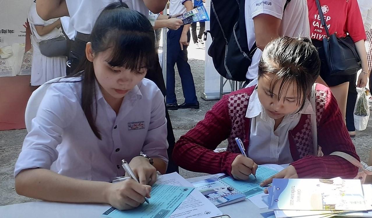 TBD tham gia Ngày hội Tư vấn tuyển sinh – Hướng nghiệp của Báo Tuổi Trẻ tại Bình Định và Phú Yên