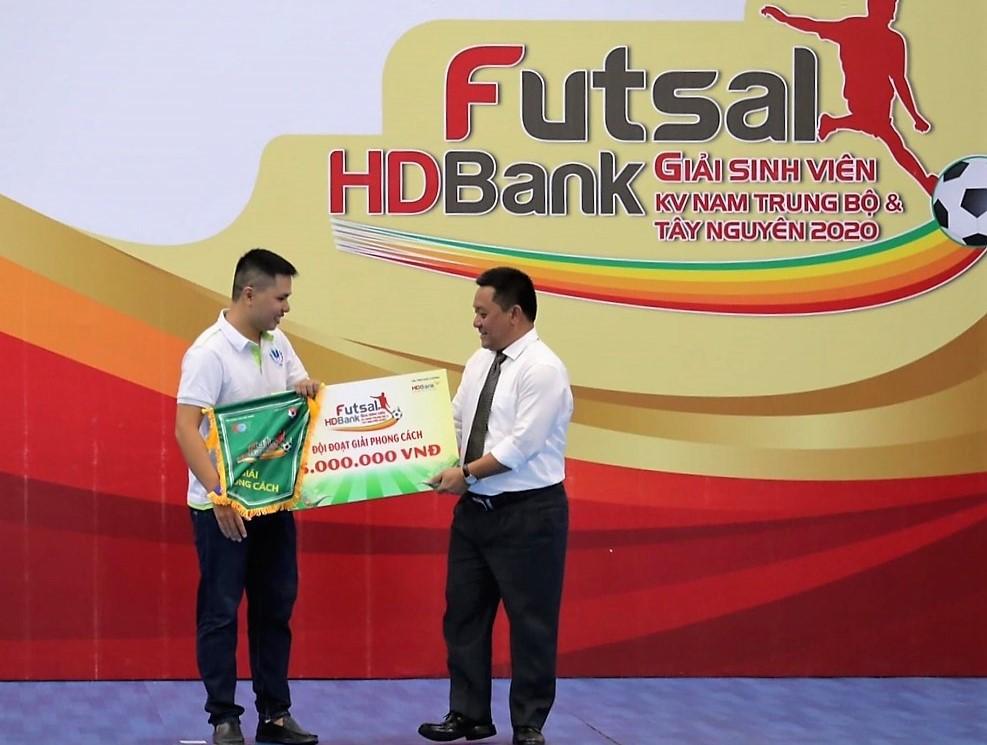 Giải Futsal HDBank sinh viên khu vực Nam Trung bộ và Tây Nguyên 2020: Đội tuyển ĐH Thái Bình Dương đạt Giải Phong cách