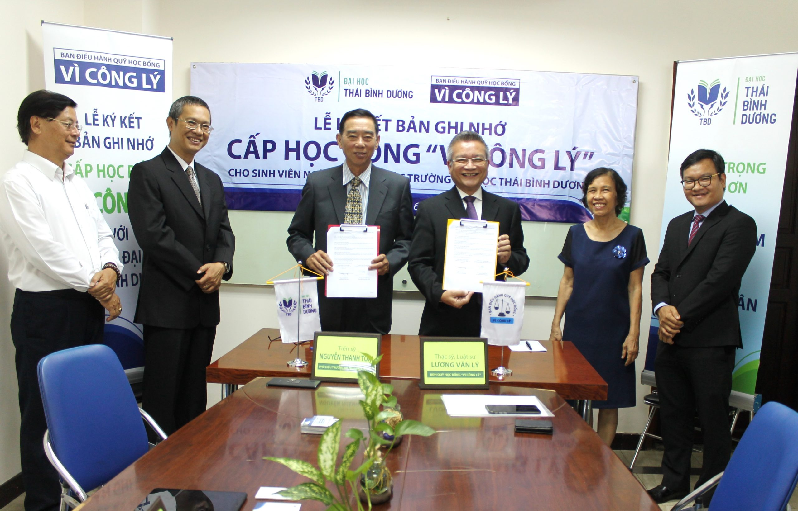 Đại học Thái Bình Dương ký kết Học bổng Vì Công lý và Học bổng Doanh nhân