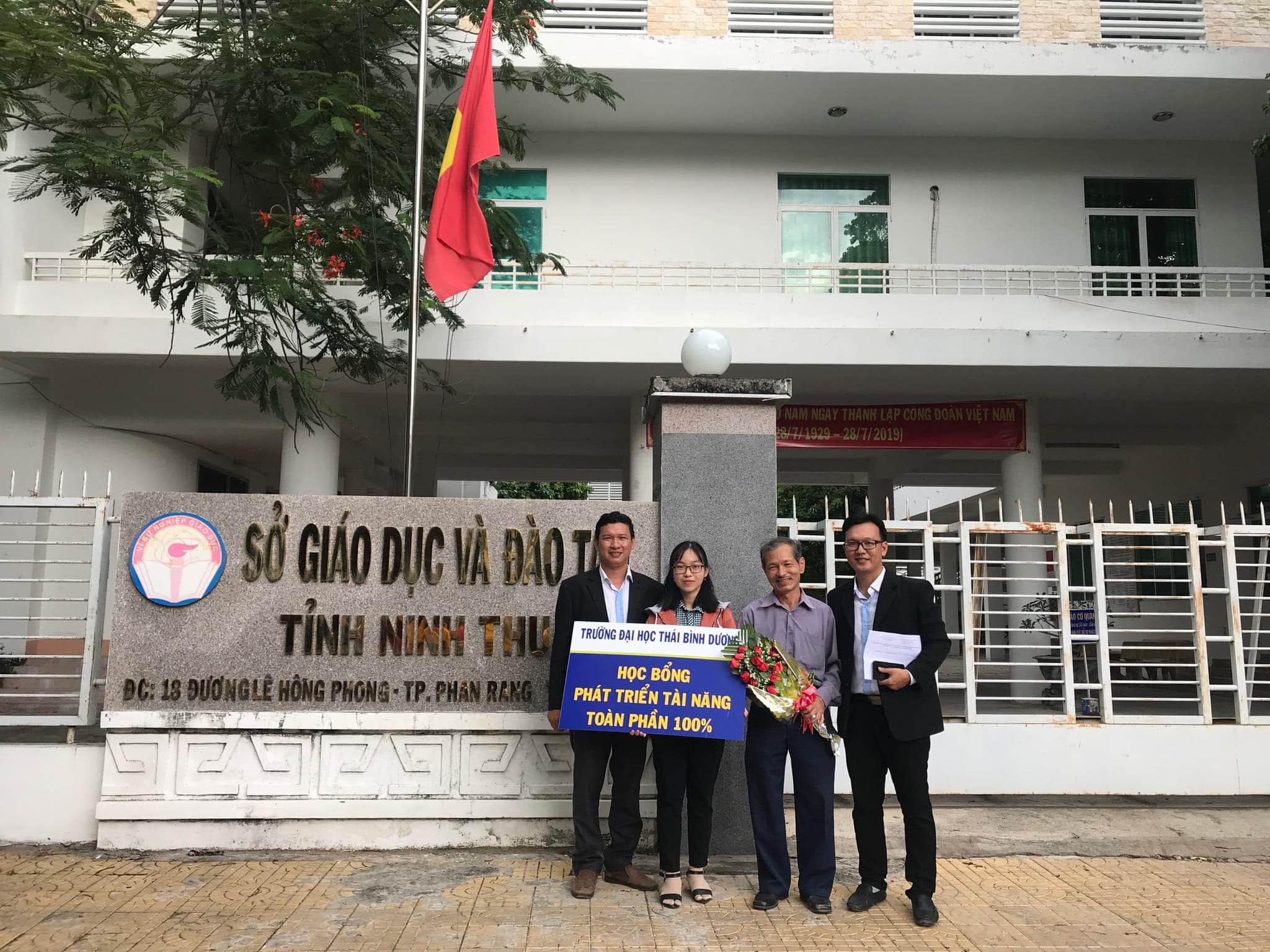 """SV Lê Thị Ngọc Bích chia sẻ bí quyết """"săn học bổng"""" ĐH Thái Bình Dương"""