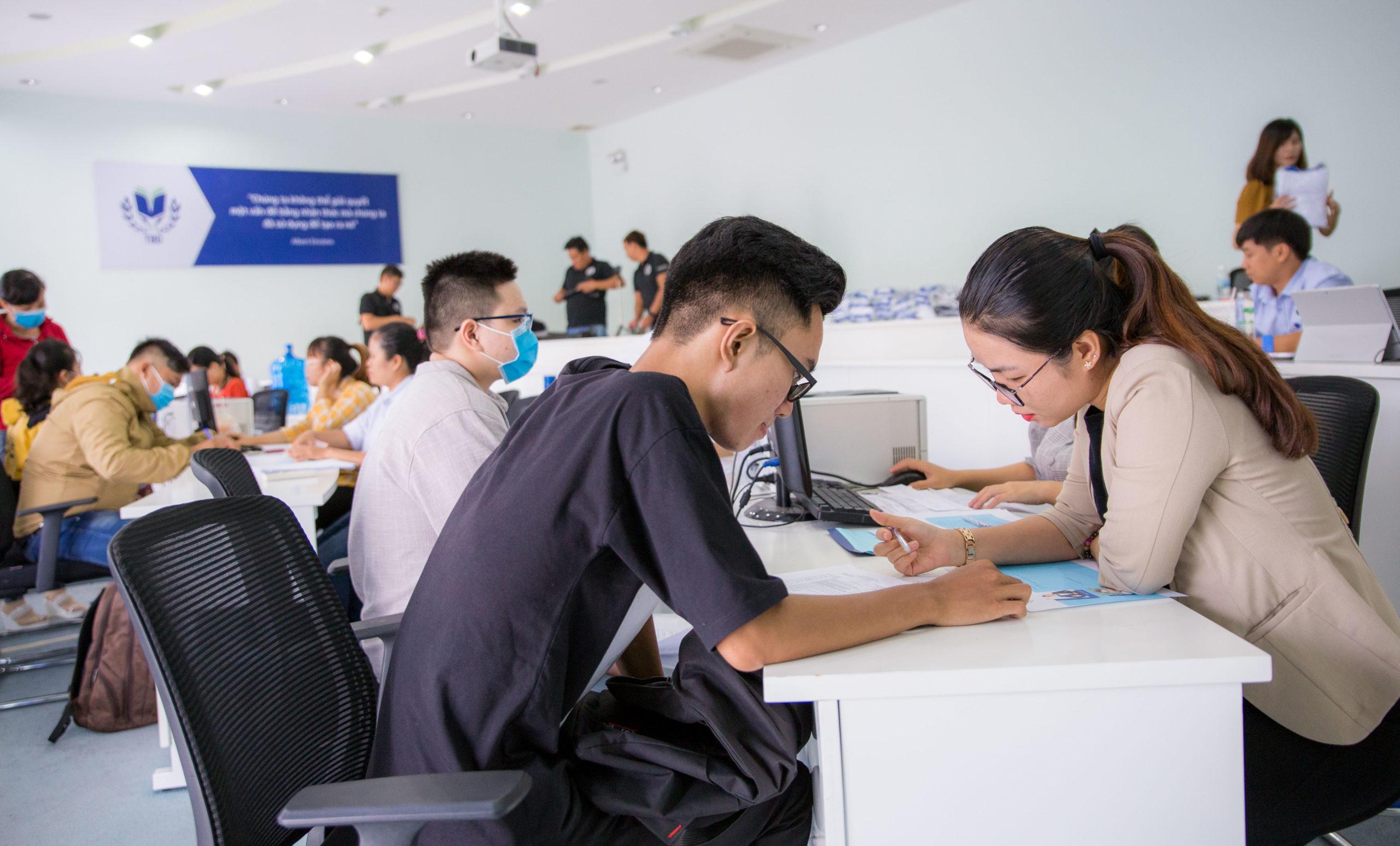Điểm và danh sách trúng tuyển đại học theo phương thức 1 đợt 4 và phương thức 2 đợt 1 năm 2020