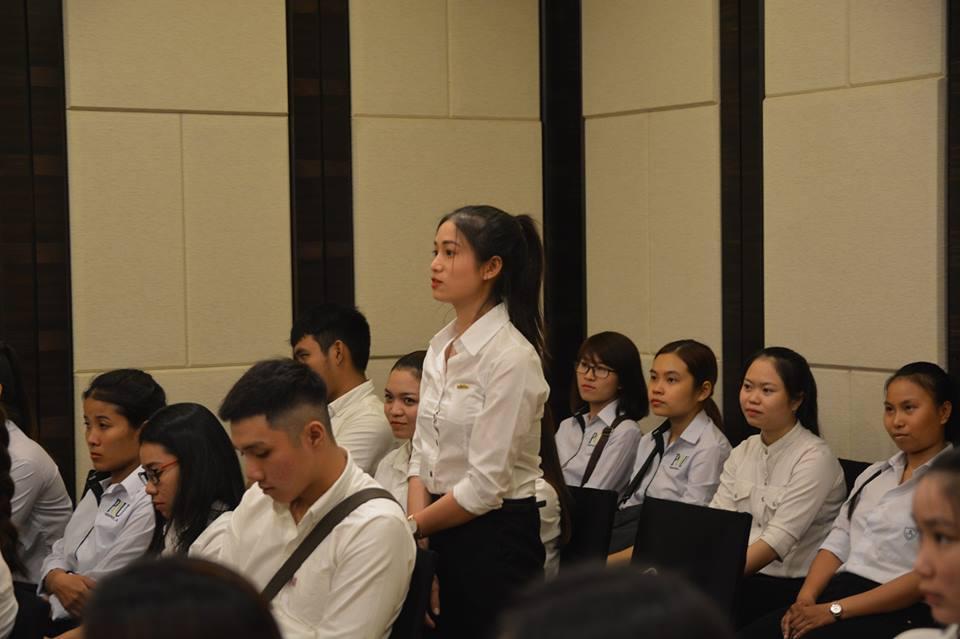Sinh viên ngành Quản trị Khách sạn – Nhà hàng thực tập tại Sheraton Nha Trang