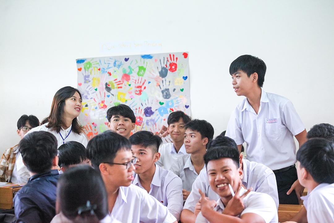 Hướng nghiệp THPT Phạm Văn Đồng 3