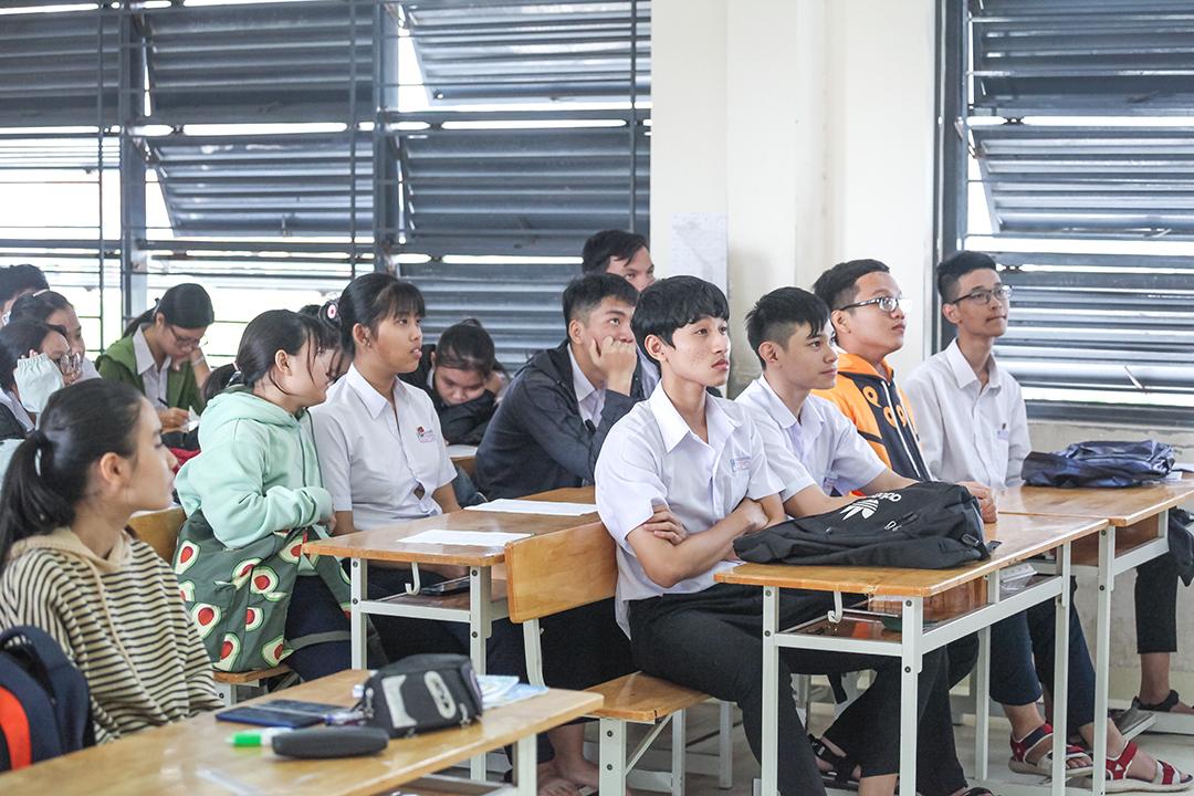 Học sinh THPT Phạm Văn Đồng 3