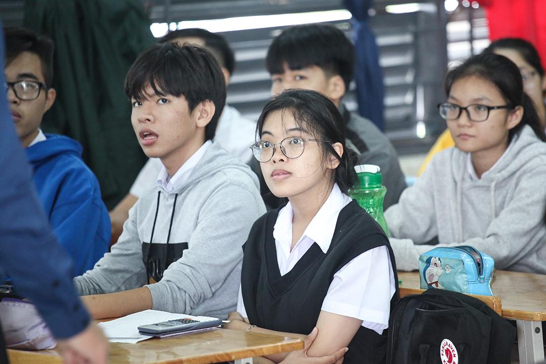 Học sinh THPT Phạm Văn Đồng 1