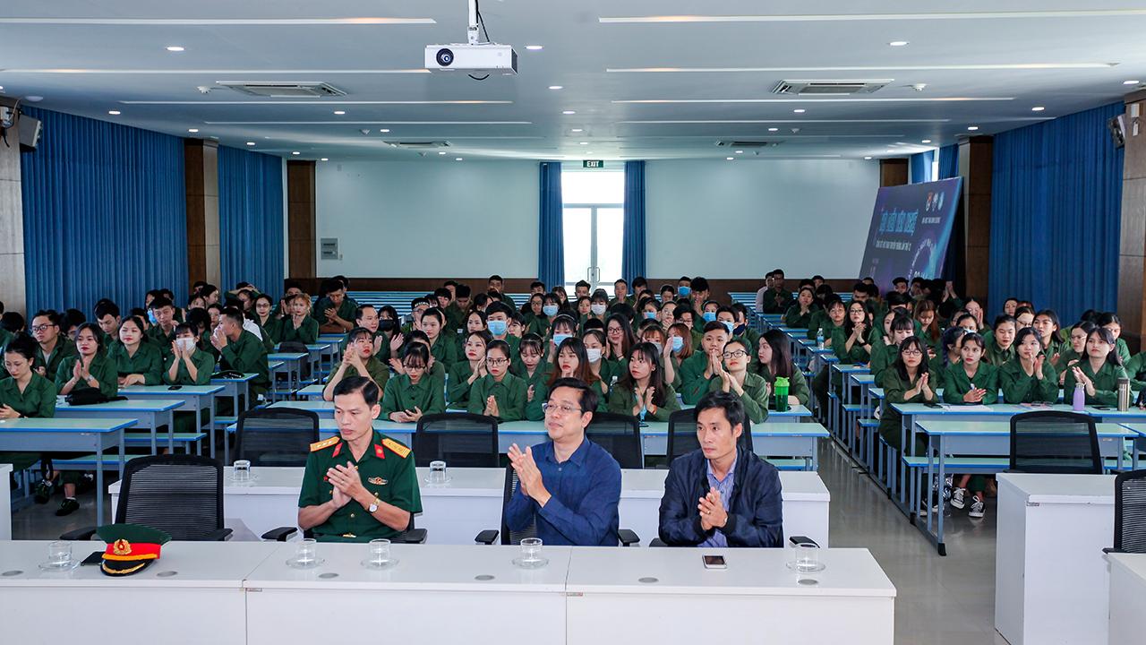 Khai mạc Huấn luyện Giáo dục Quốc phòng và An ninh cho sinh viên TBD
