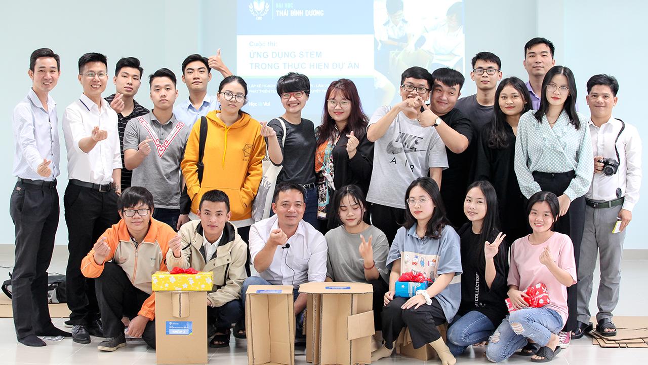 """Workshop """"Ứng dụng STEM trong Quản lý học tập và Phát triển dự án"""""""