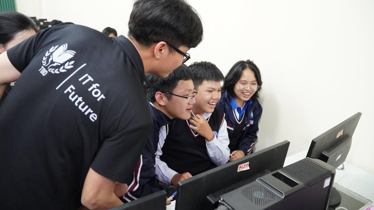 Lê Vĩnh Ngà - chàng sinh viên IT đa năng